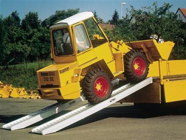 Verladeschiene Alu m.Rand  L.1620mm Trgf.2620kg Rinnenbreite 245mm