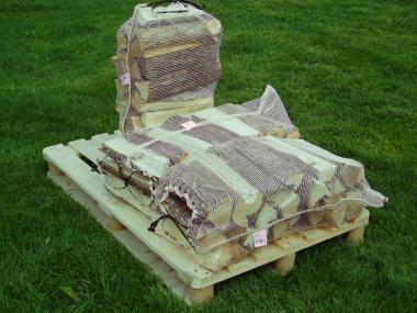 Brennholzsack 60l; 60x80cm - 50 Stk  mit Zugband, UV-stabil, VPE=50Stk